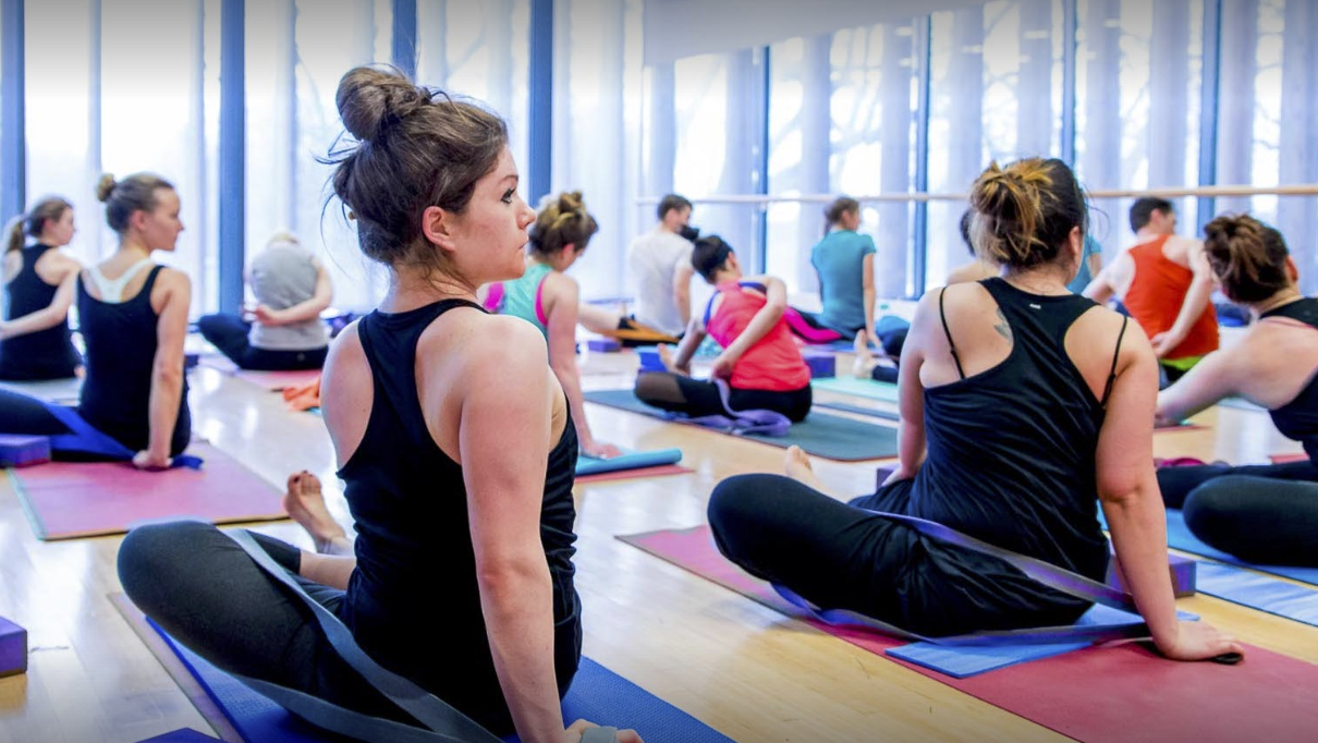 LLiV Yoga Clapham | GoSweat