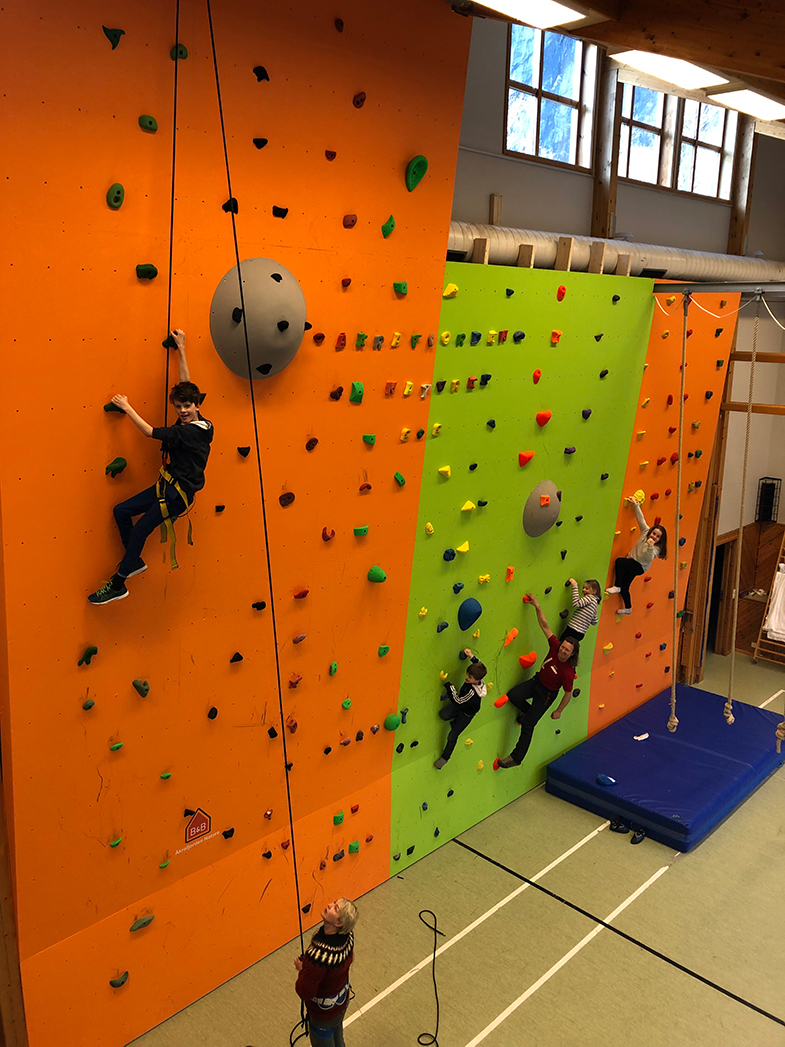 Image of indoor climbing wall