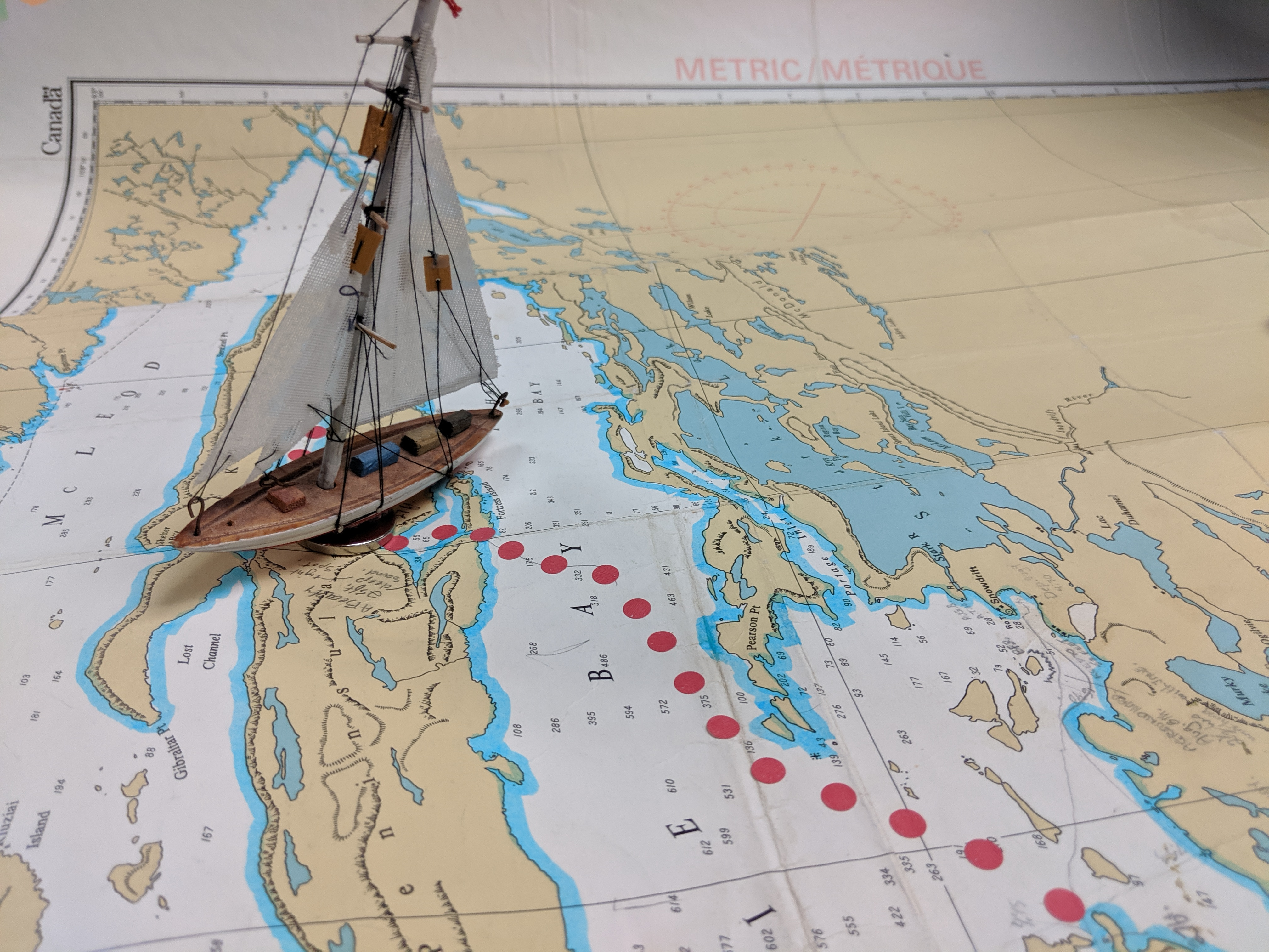 Solo sailing trip on the East Arm of Great Slave Lake