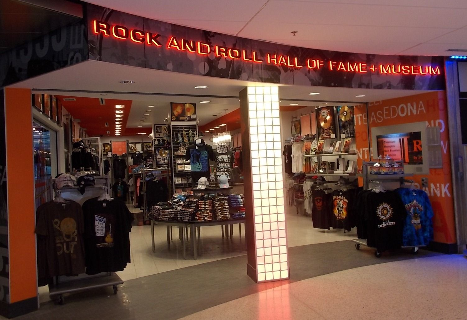 rock and roll hall of fame and museum airport storefront