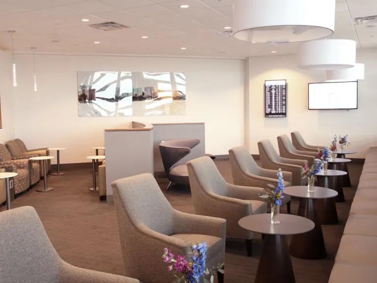 orlando airport lounge
