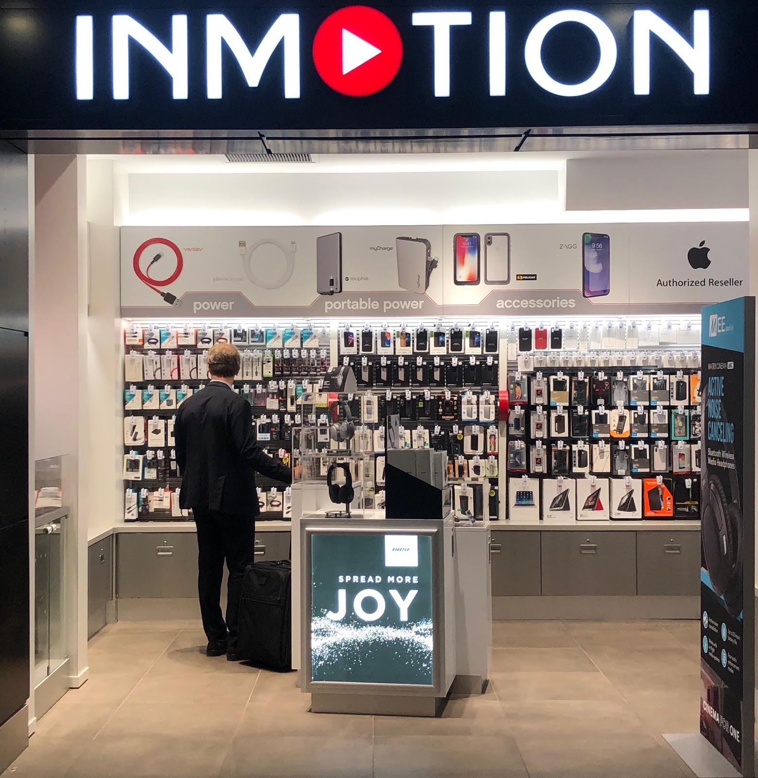 man shoppin in inmotion store