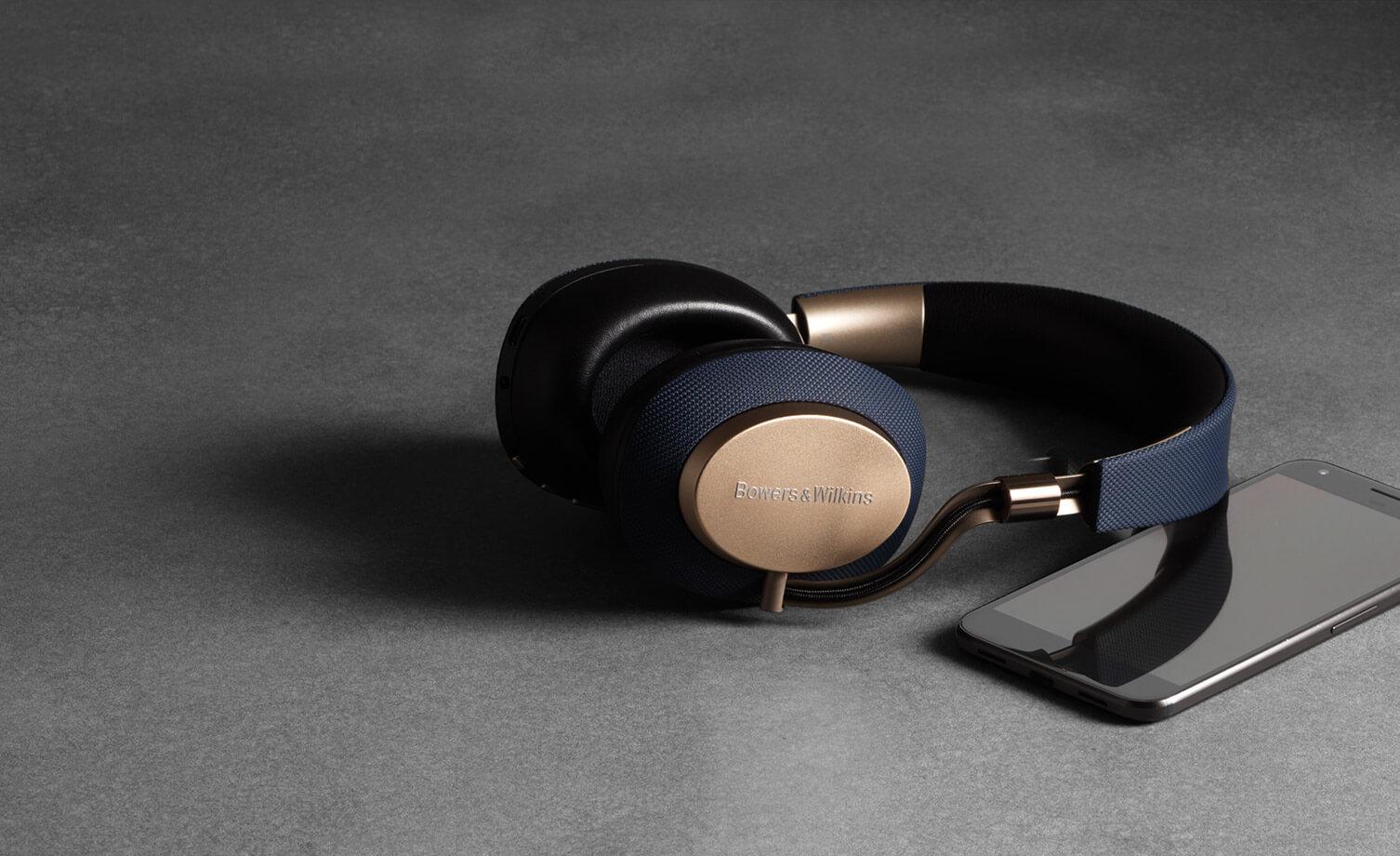 B&W headphones