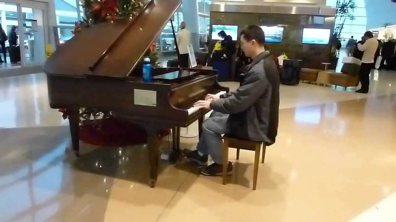 san jose airport piano