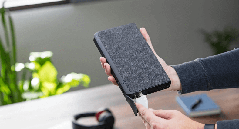 mophie powerstation in hand