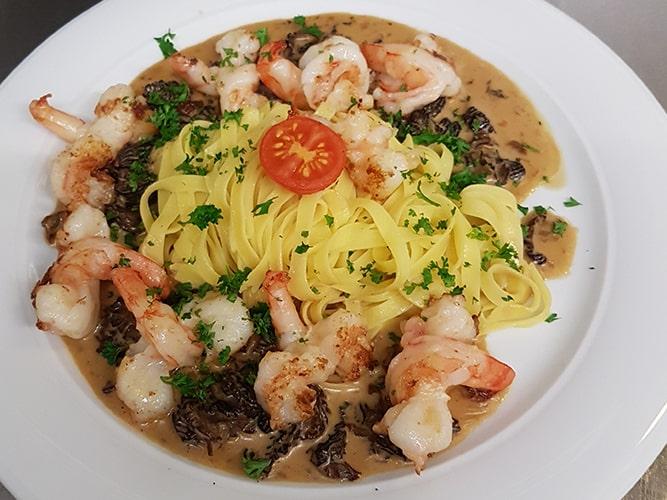 Restaurant Le Pic Vert - Tagliatelle aux crevettes et aux morilles