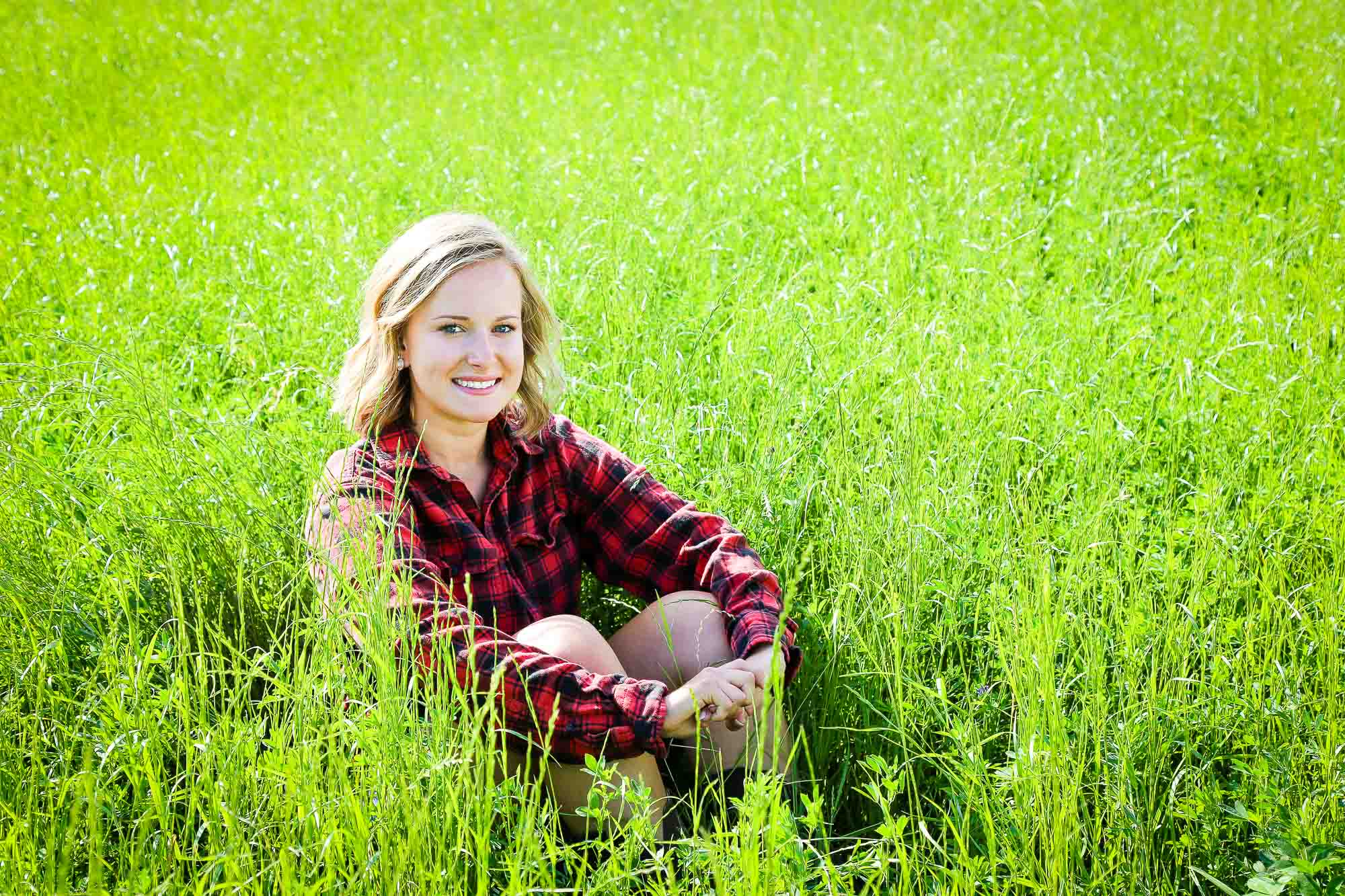 Shelby Gulpker's senior photography session located in Grand Rapids, Michigan.