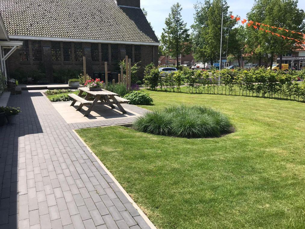 De tuin van de kerk woning gerealiseerd