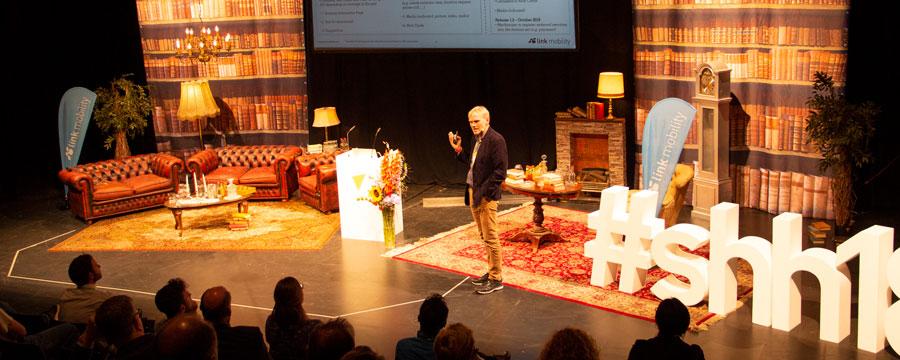 Nils Fuhrmann spricht bei der solutions.hamburg über LINK Conversations.