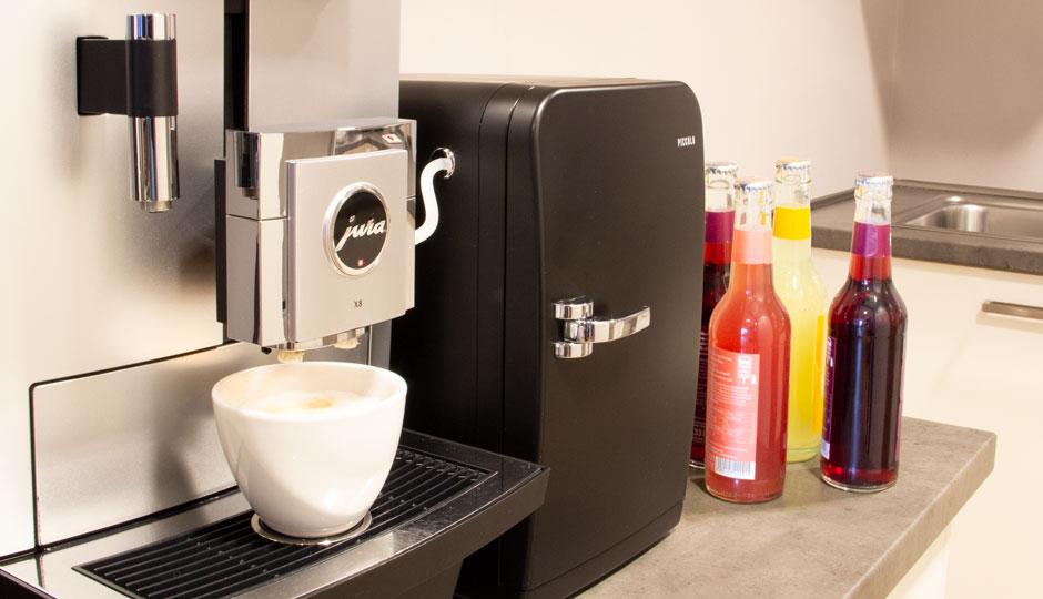 LINK Mobility Gemeinschaftsküche für gemeinsame Mittagspausen. Getränke gibt es bei uns inklusive.