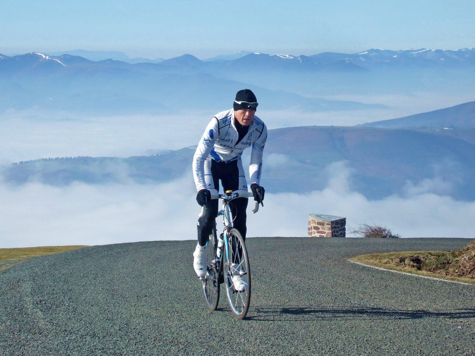 Training in the Pyrenees, February 2008
