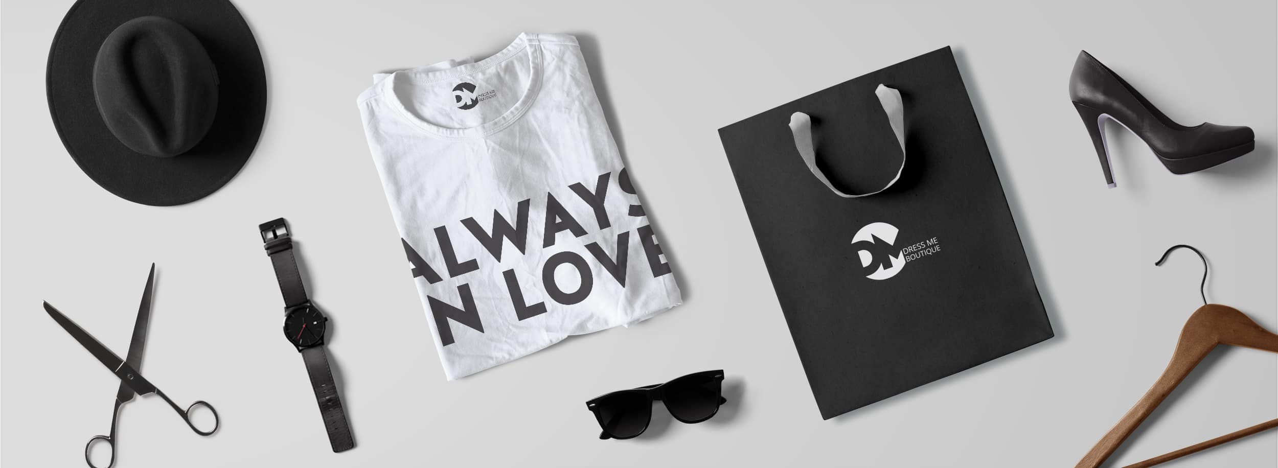 "Dress Me Boutique: Stylish branding set featuring a branded shopping bag and t-shirt ""Always In Love"" © LET'S PANDA"