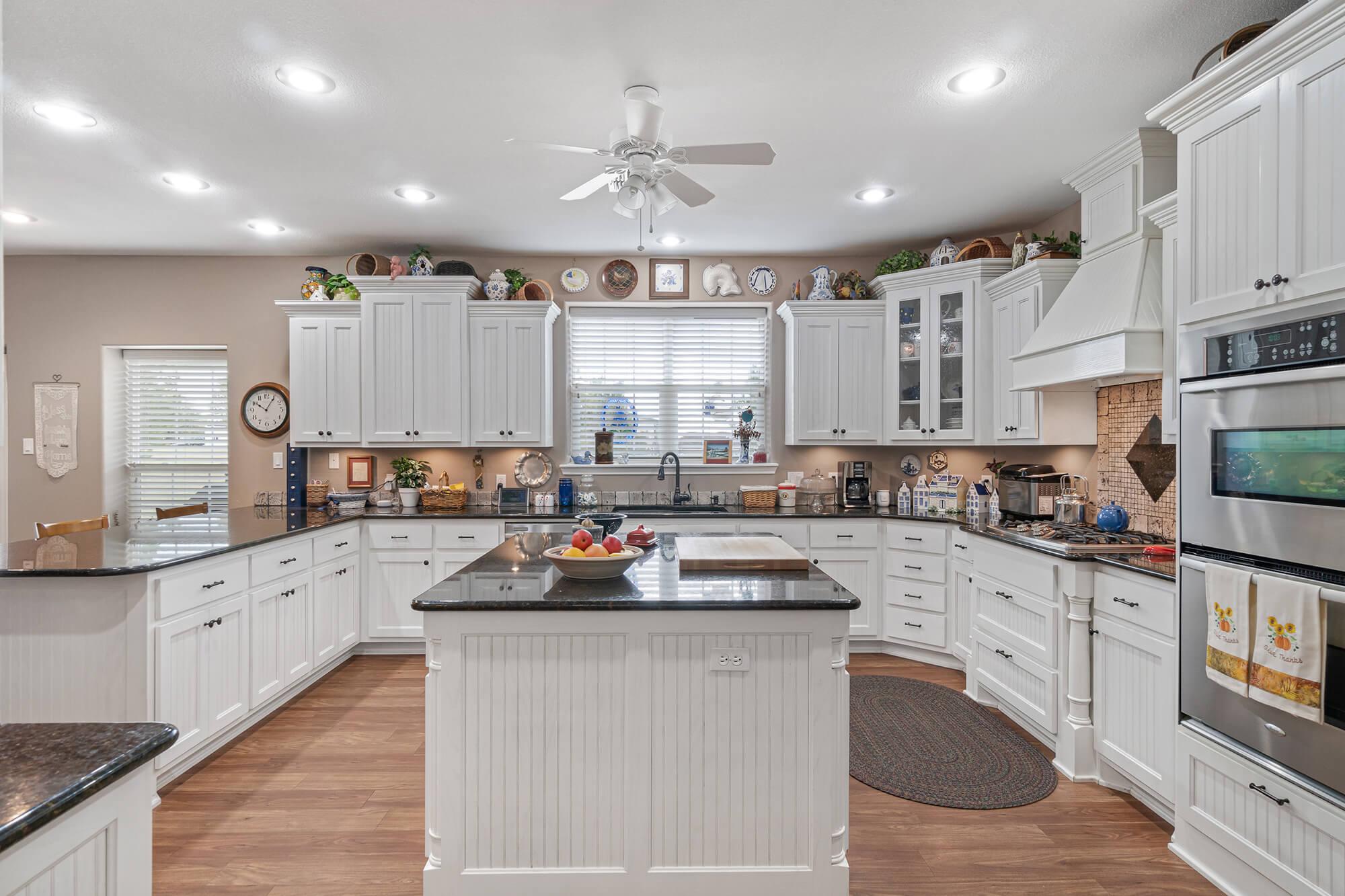 Tailwind hangar home kitchen