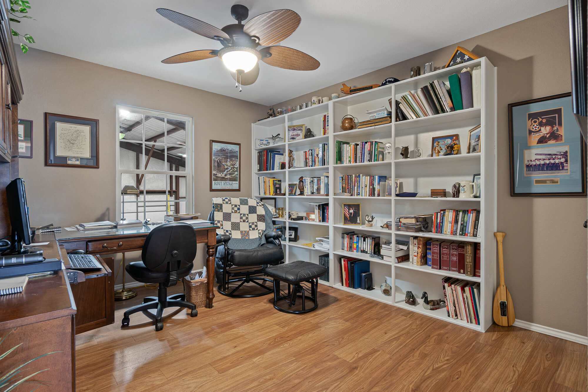 Tailwind hangar home study and office