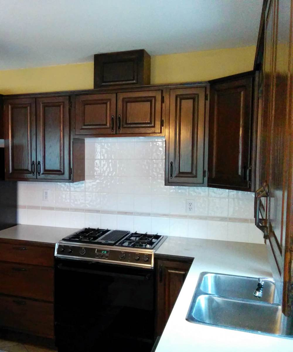 Wood kitchen cabinet refinished in Kanata On