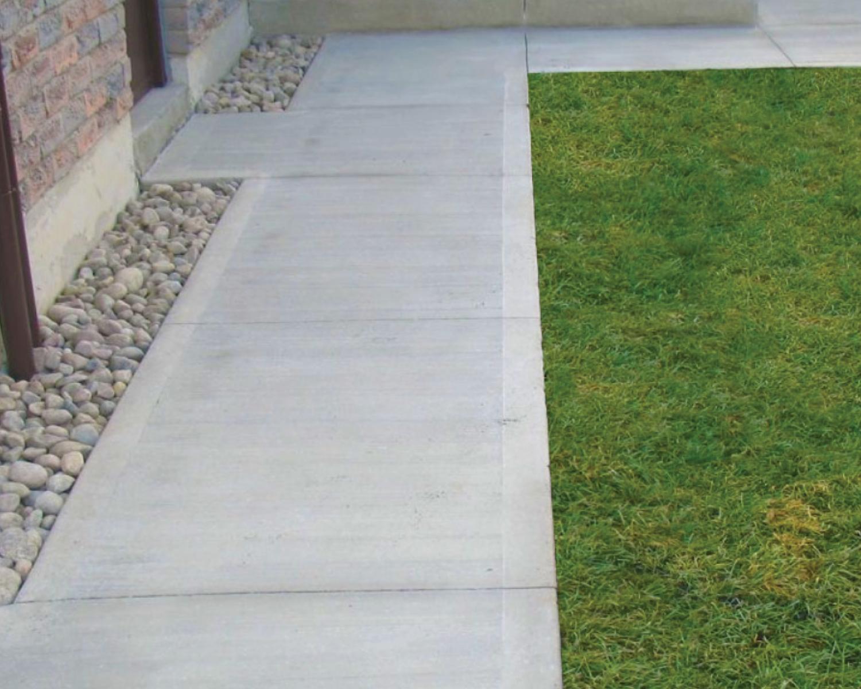 brushed-concrete-walkway