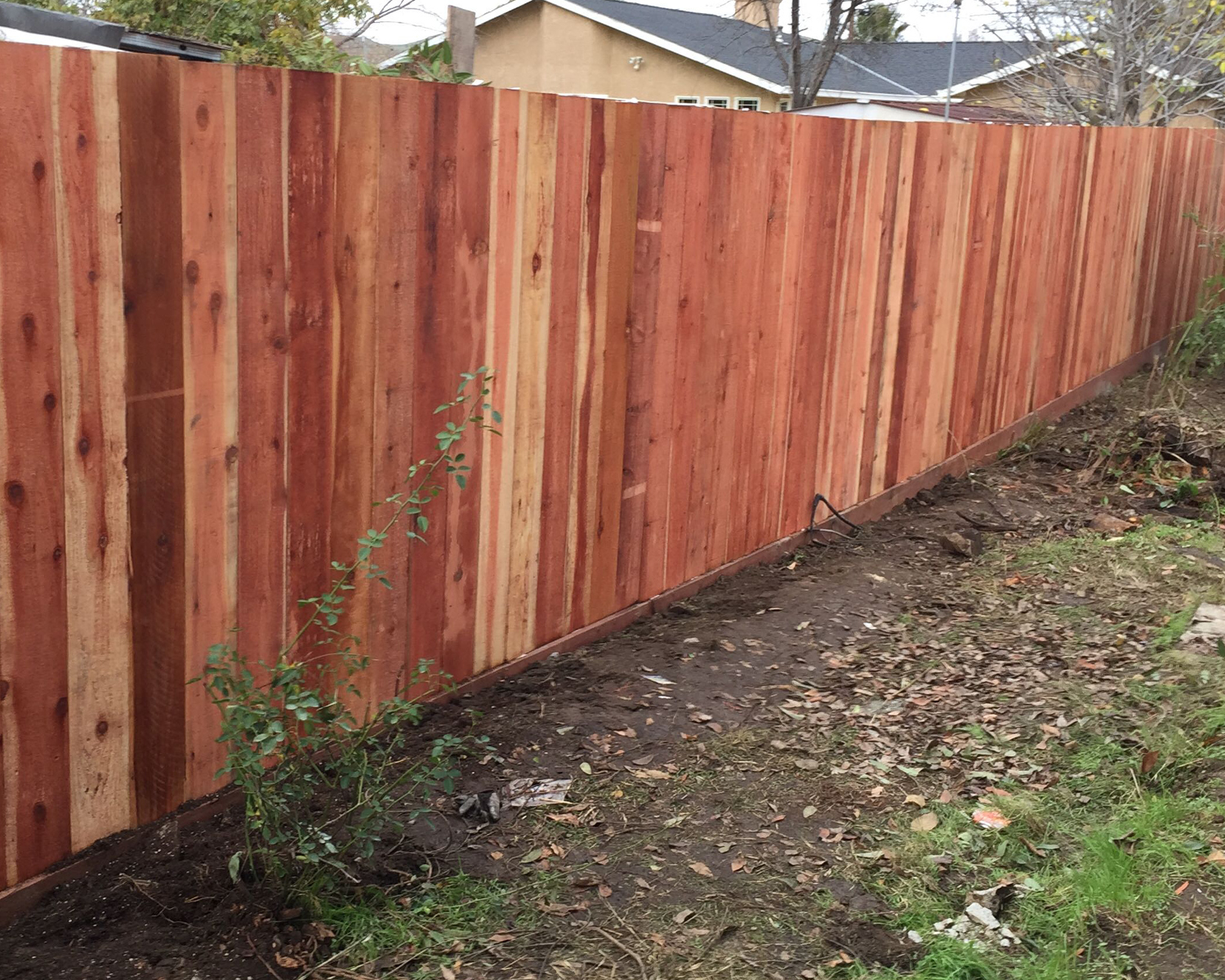concord-ca-nail-up-side-by-side-flat-top-with-an-integrated-1-retaining-wall