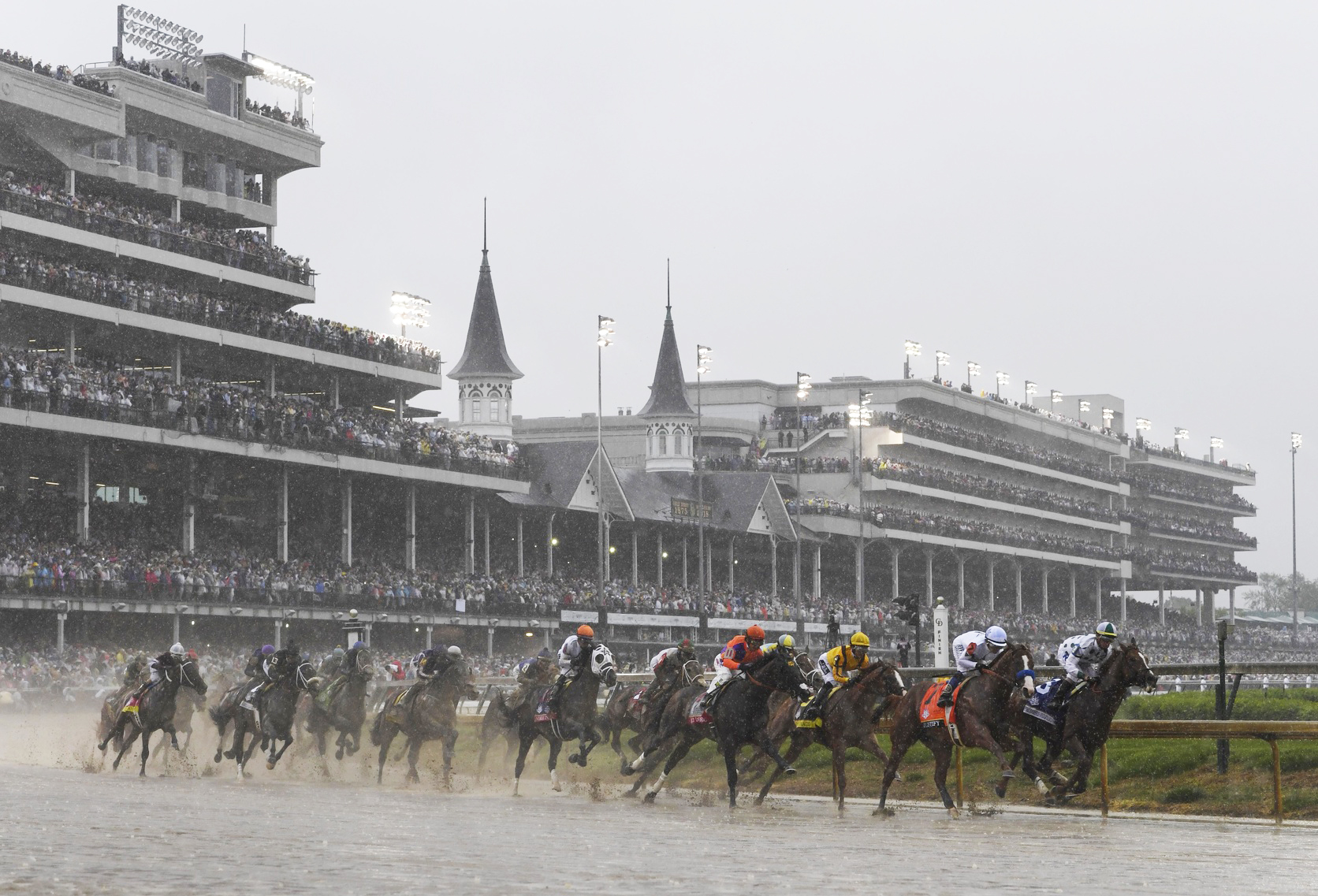 horse race at the Kentucky derby