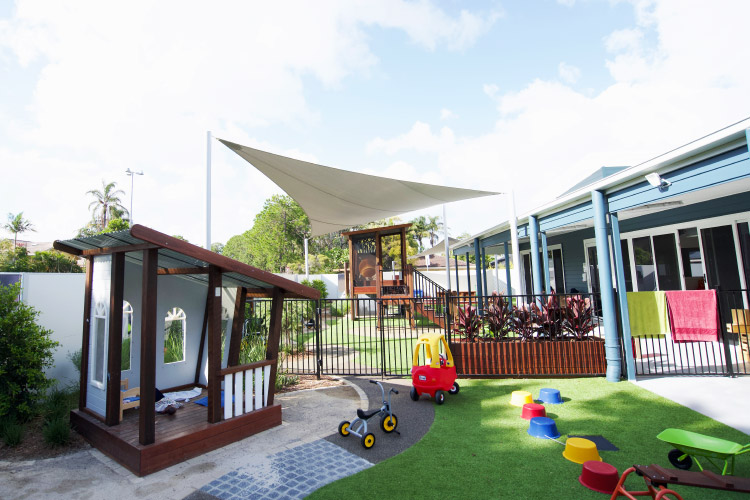 Mermaid Waters Centre Outdoors area with toys and games