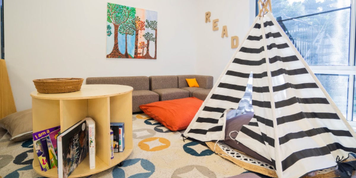Toddlers Room with a Hut