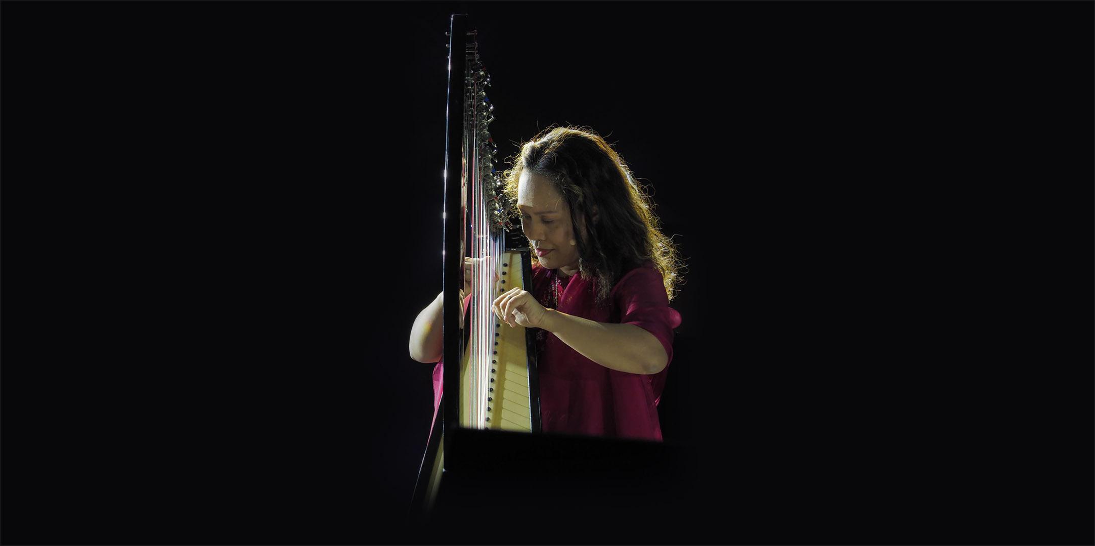 JoAnn Cerdenia, harpist
