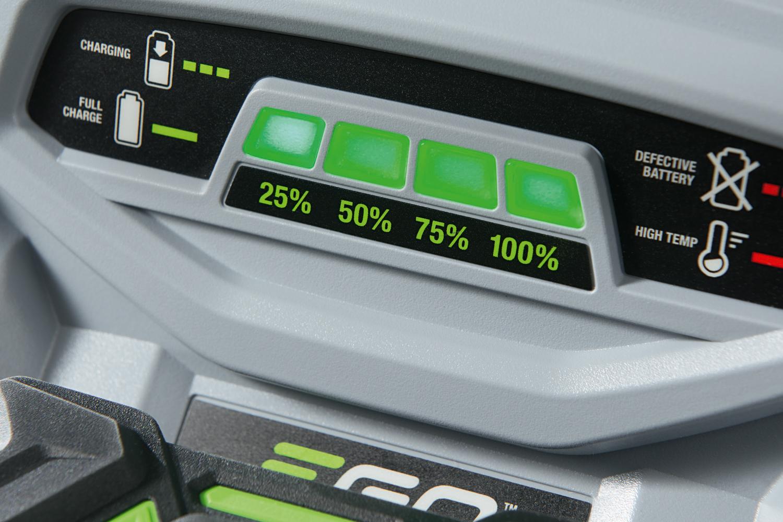 Anzeigedisplay des EGO Power Schnellladegerätes