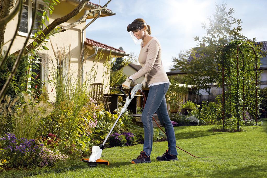 Rasenkanten trimmen zu Hause