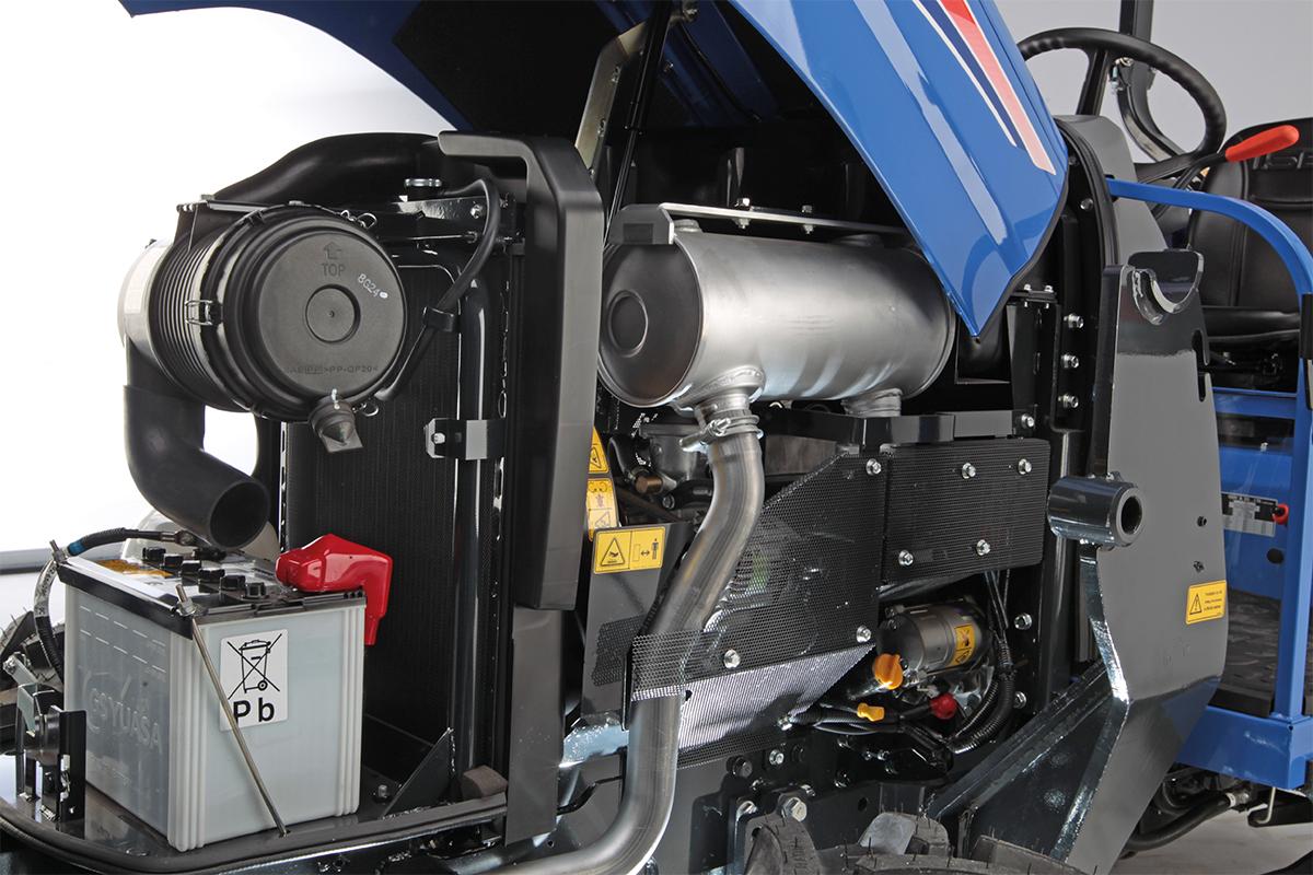 TLE 4490 Allrad leichter Wartungszugang zum Motor