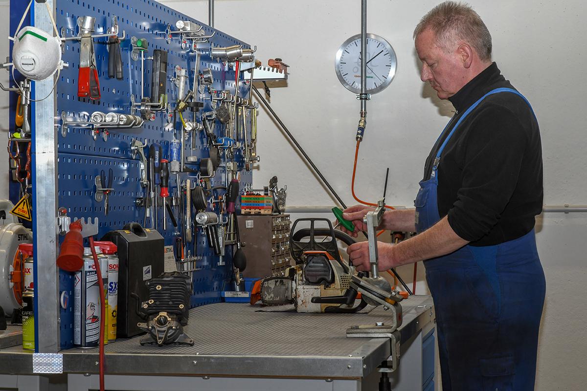 Kleinmotoren Instandsetzung mit allen sinnvollen Prüfeinrichtungen