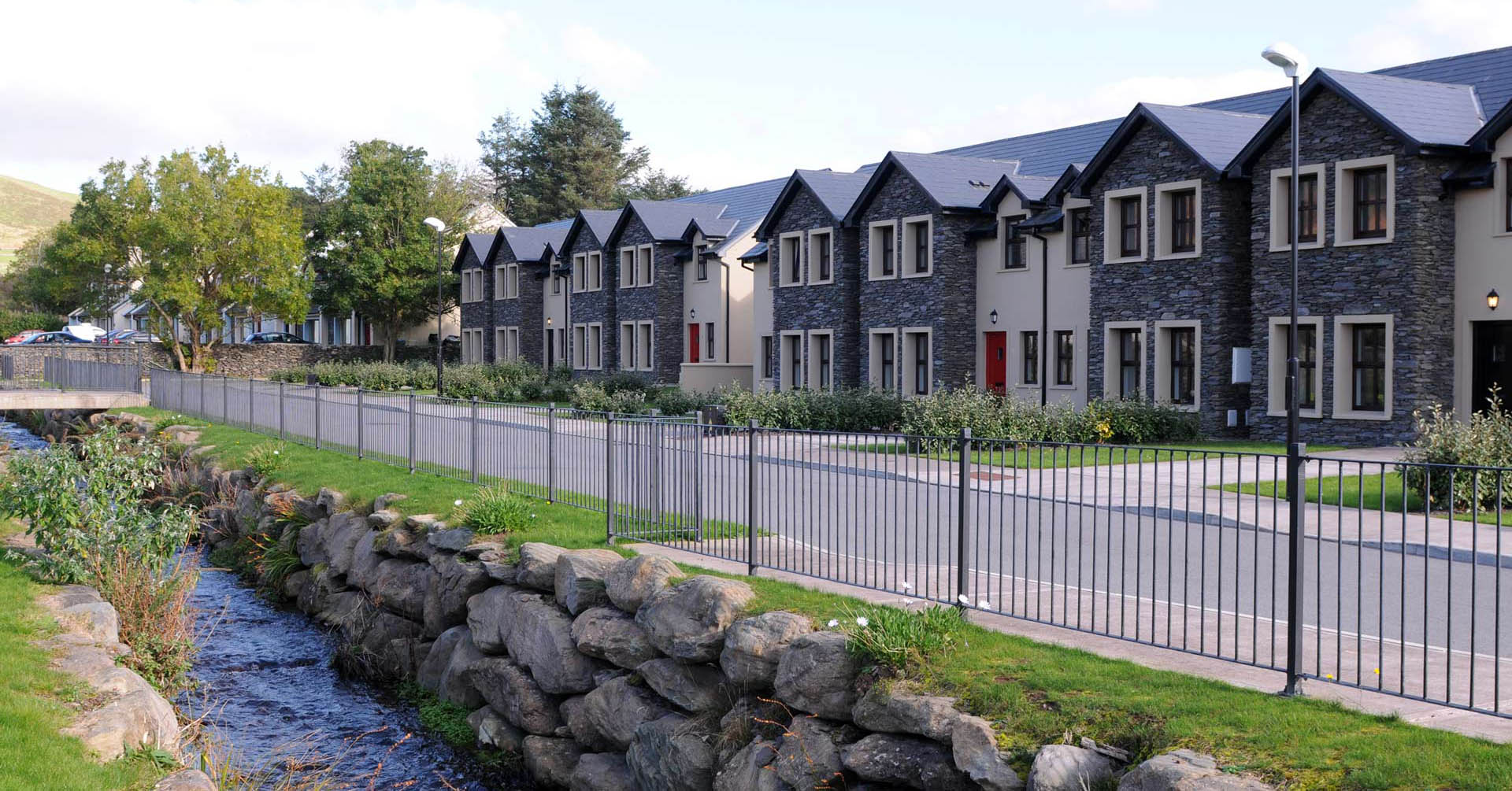 Remarkable Luxury Self Catering Holiday Rentals In Dingle Ireland Download Free Architecture Designs Xaembritishbridgeorg