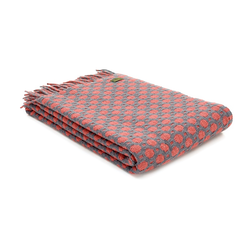 Lifestyle Crossroads Throw Solid Grey & Cranberry
