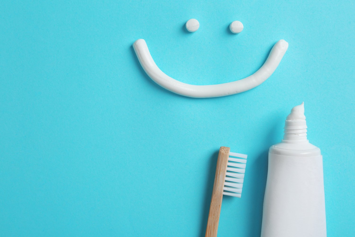 How Does Teeth Whitening Toothpaste Work? Your Guide To The Basics
