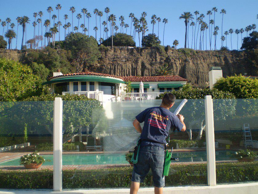 beverly hills window cleaner