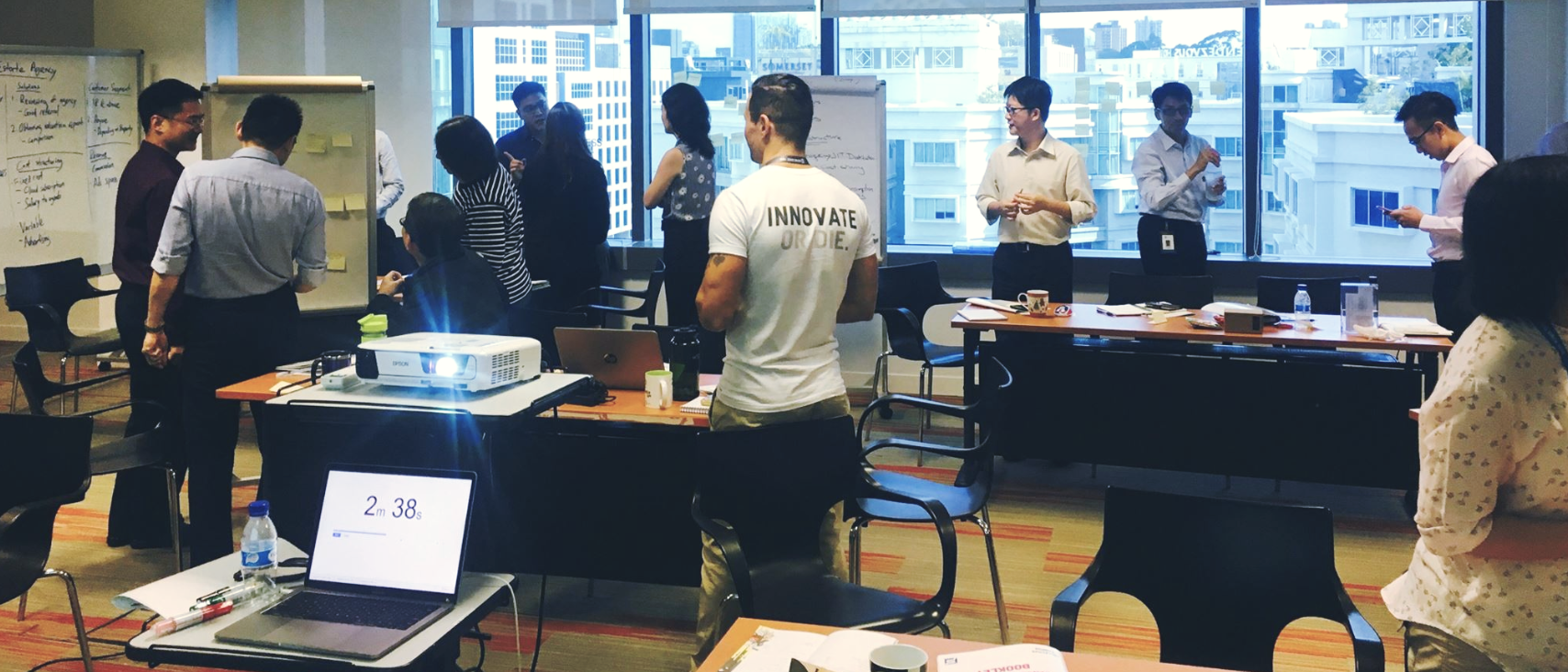 Collective Campus designed and ran two one-day crash-courses for 40 participants. The course covered ideation methods, innovation theory, business model development and emerging technologies.
