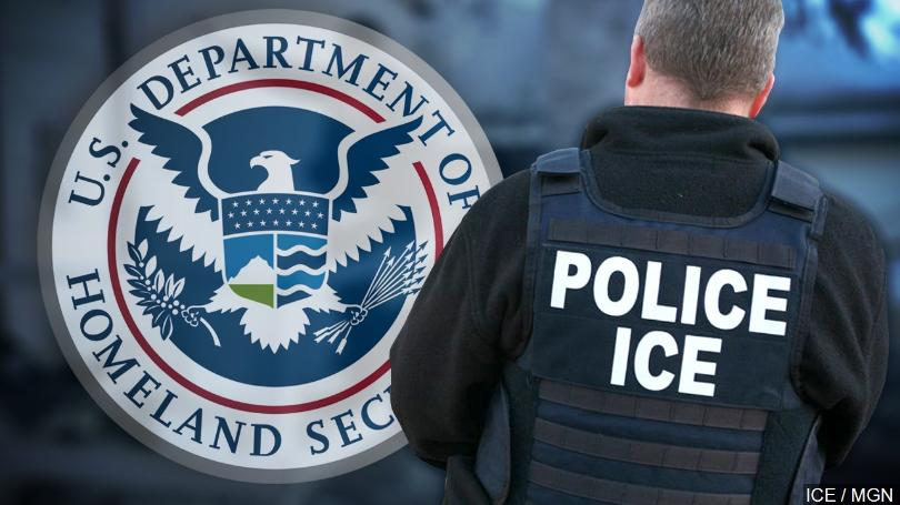 Reclamo de Represalia de Ex-Empleado Procede Contra Abogado que Contactó Agentes de Inmigración
