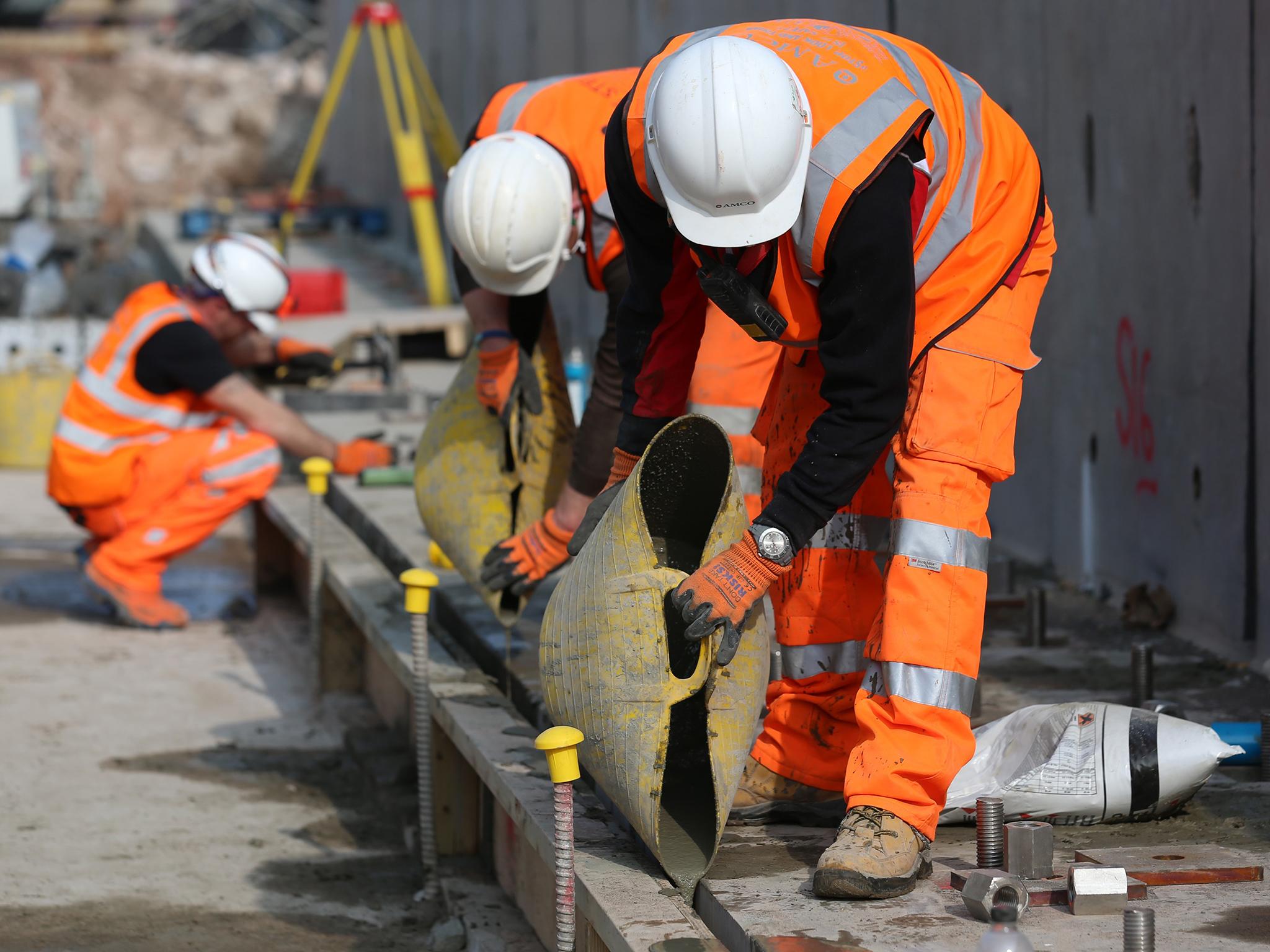 Departamento de Labor y oficiales de NY aplican mano dura contra el robo de salario en la industria de construcción