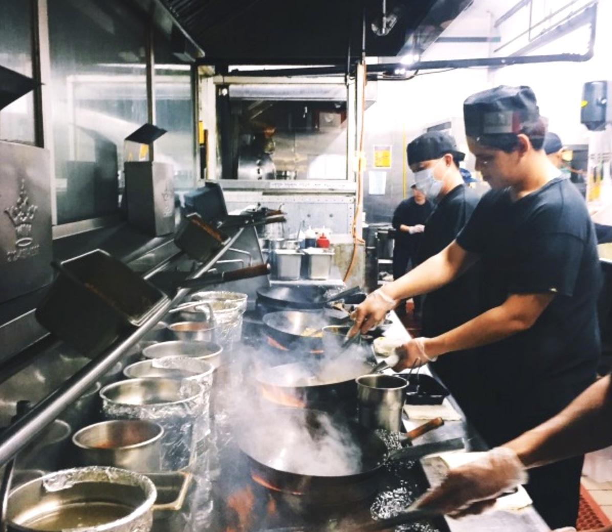 Trabajadores de Restaurantes reciben mas de $2 Millones en Pagos Debidos