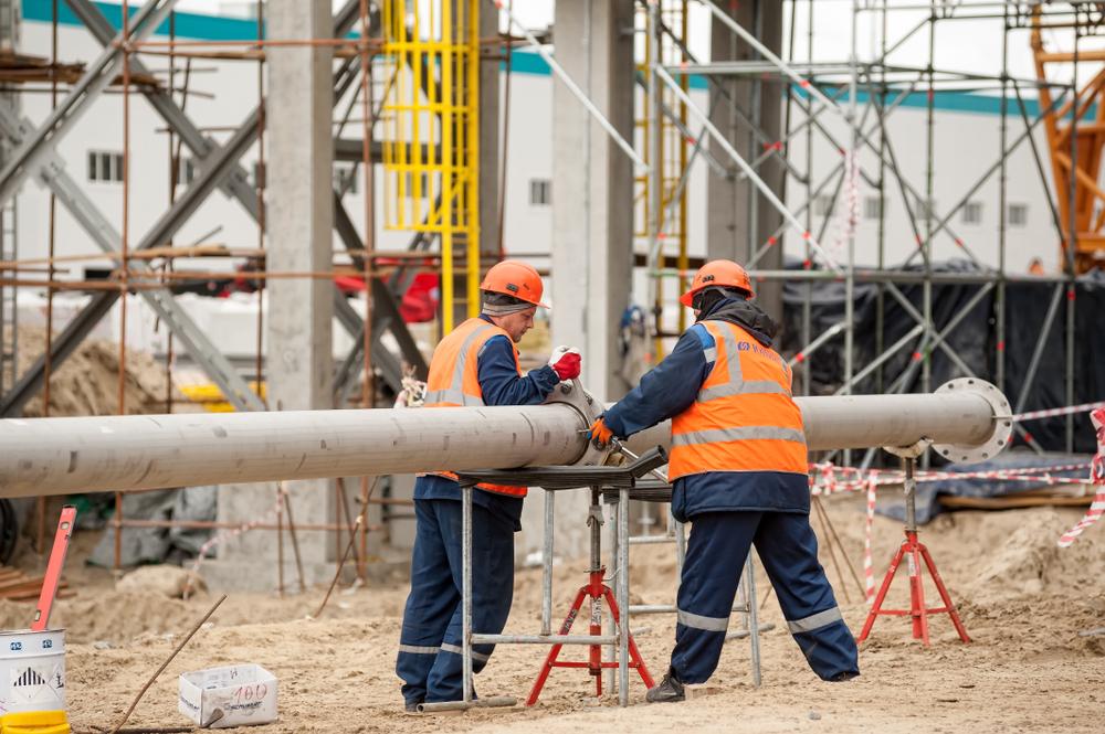 Contratistas en Nueva York Acusados de No Pagar $280mil en Salarios a Trabajadores de Construcción