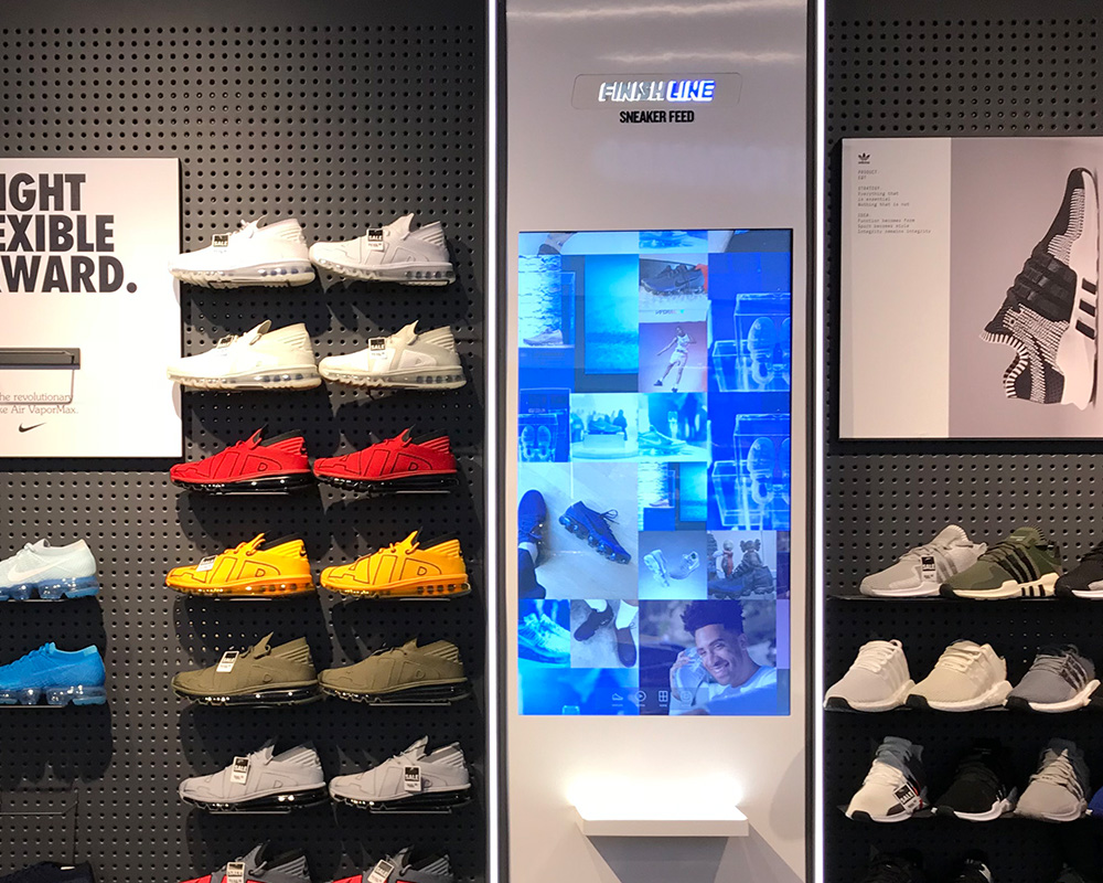 P Series Player Digital Signage Example in a Retail Store
