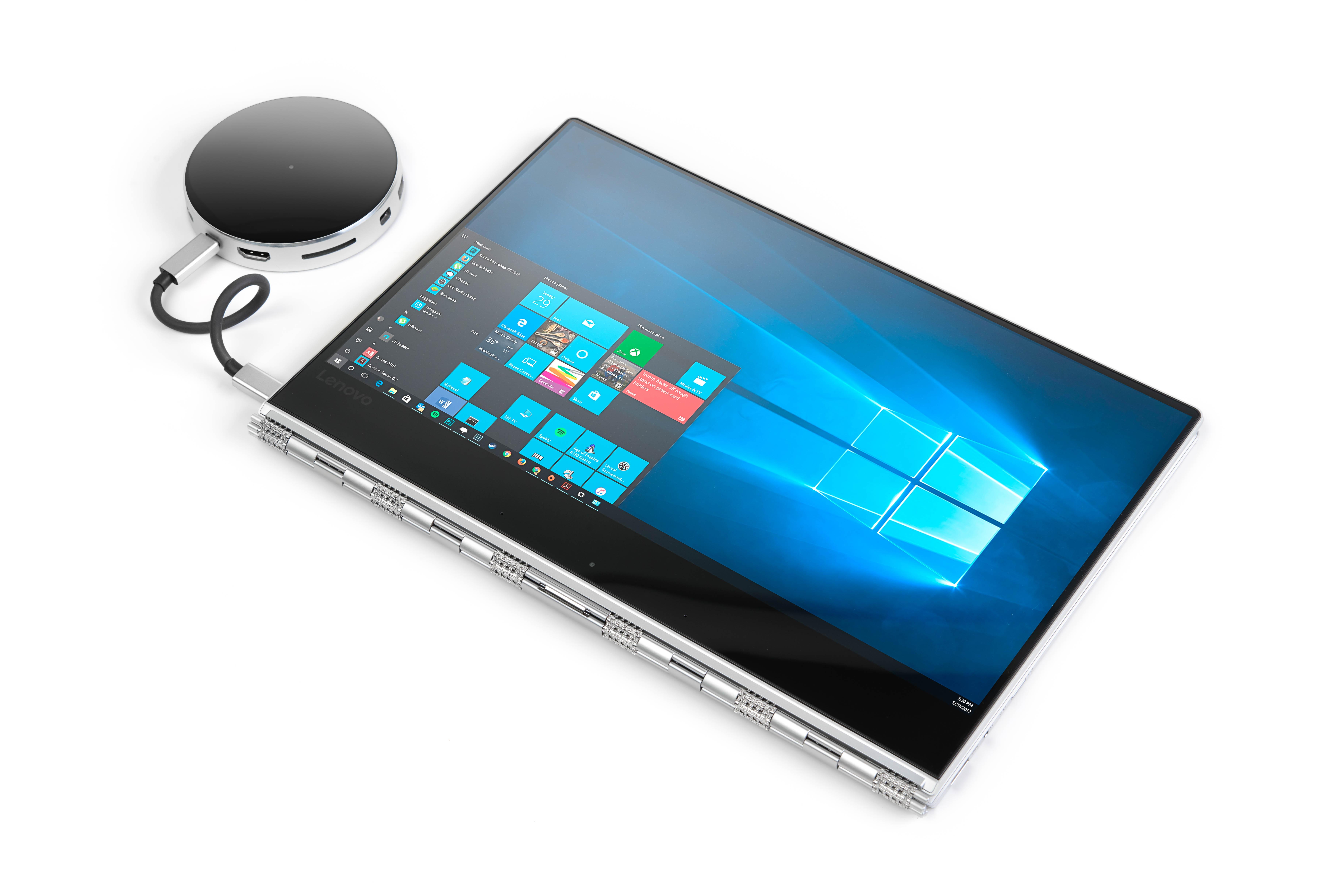 Thunderbolt 3 USB-C Hub connected to HP monitors & Lenovo Thinkpad Laptop