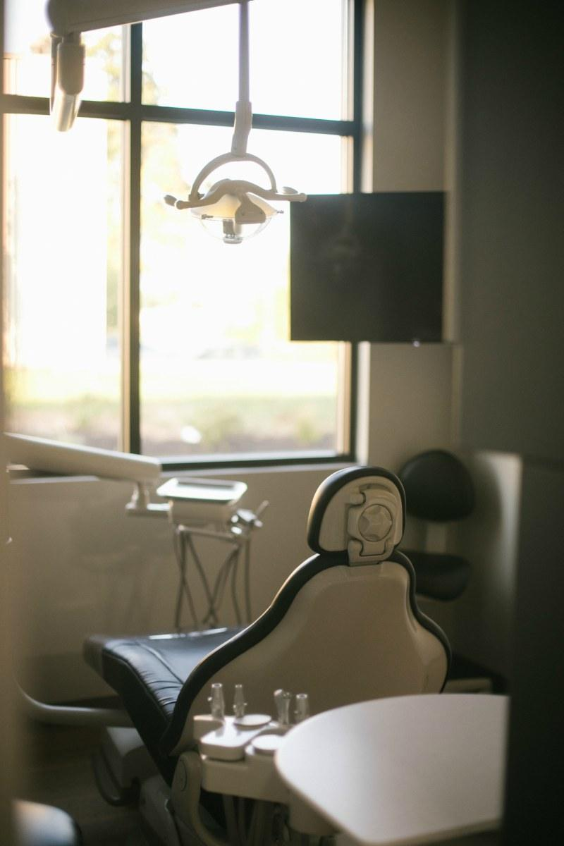 Dental chair with scenery