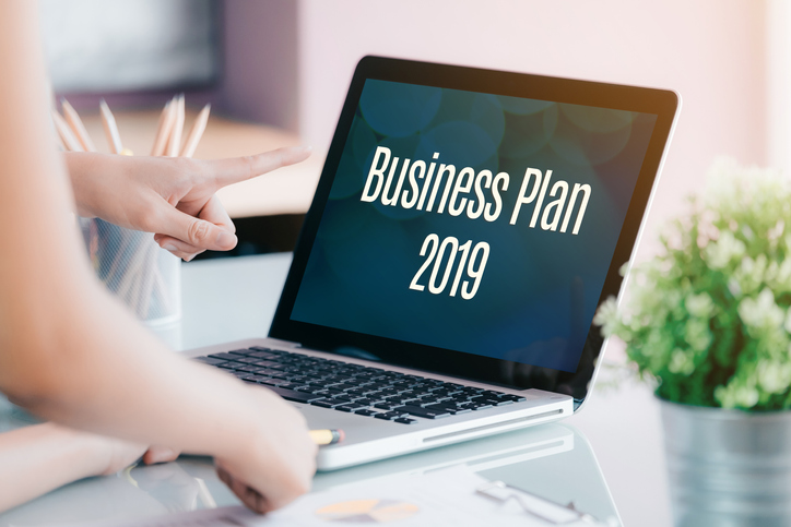 Resolve to update your business plan for the New Year. Using Liveplan will allow you to create an effective business plan and integrate it with your Quickbooks data.