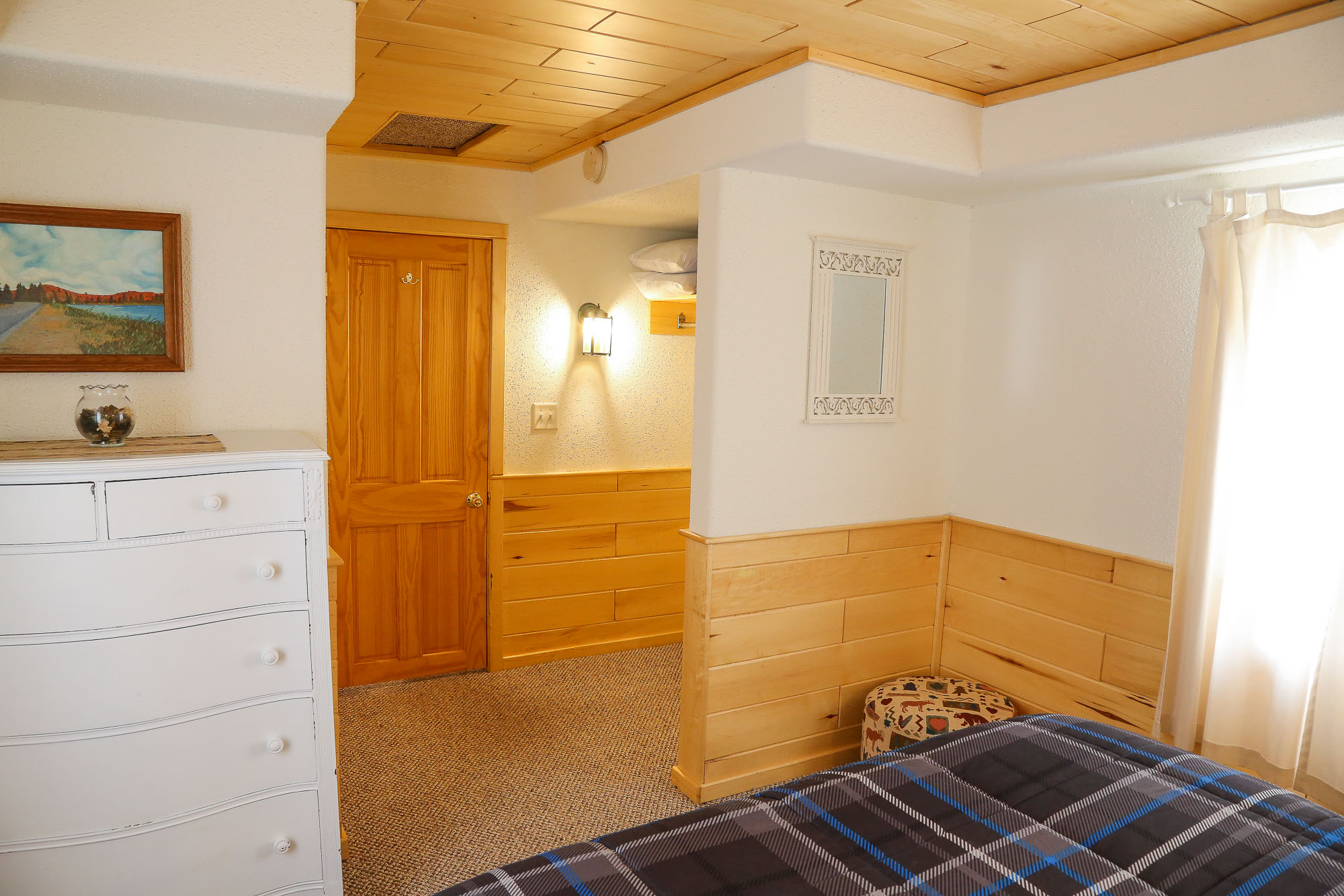 Photo of Cabin Lodging at the Wilderness Resort in Lac La Belle Michigan