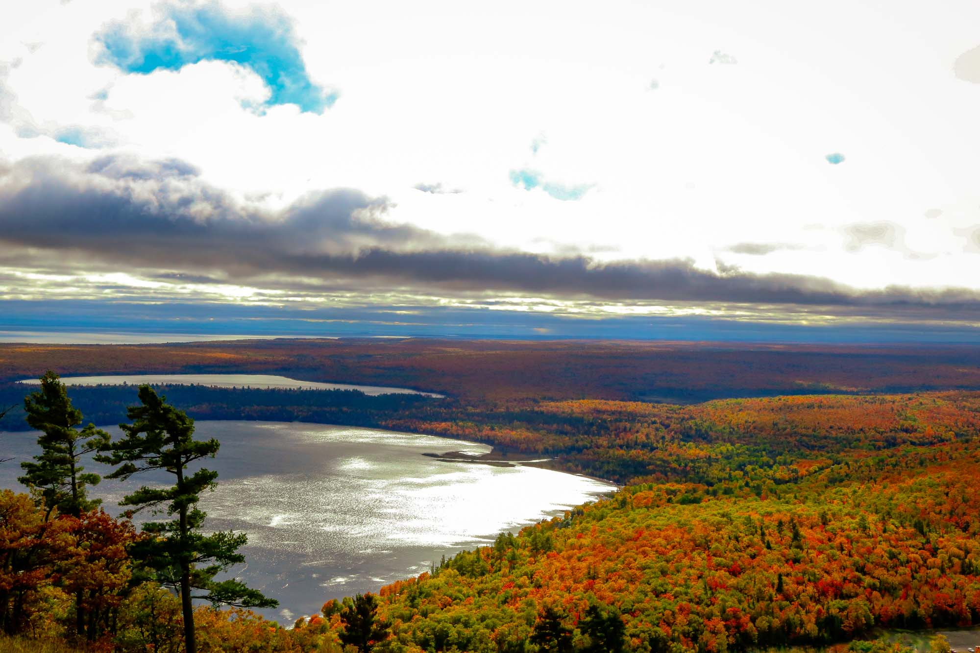 Fall color chairlift rides near the Wilderness Resort in Lac La Belle Michigan