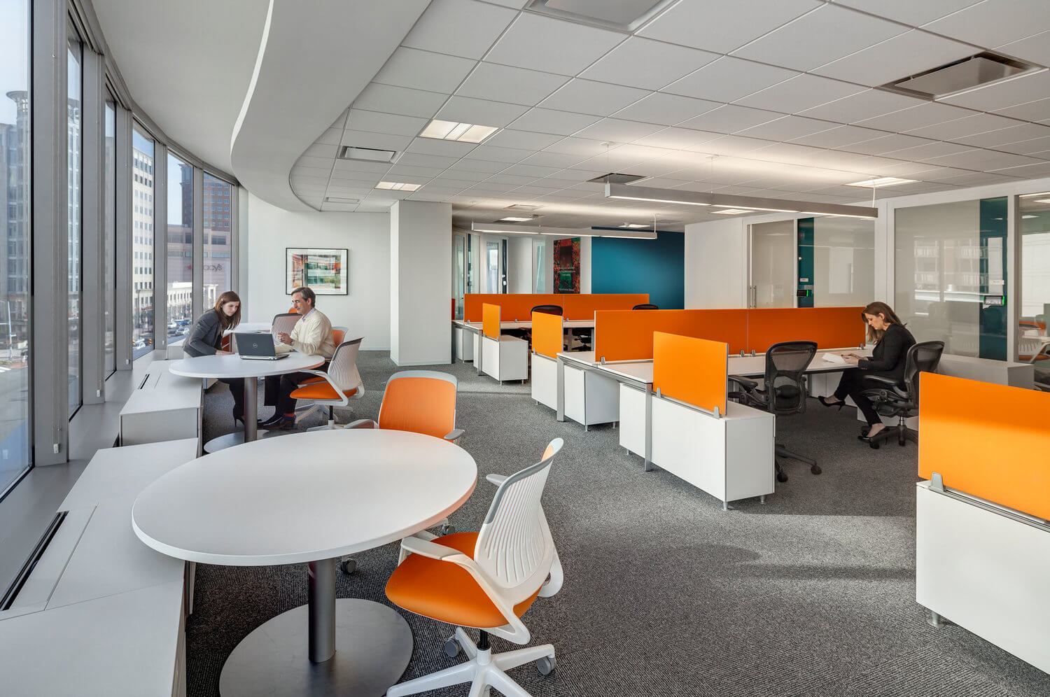 Workspaces at Accenture at 800 North Glebe Road in Arlington, Virginia