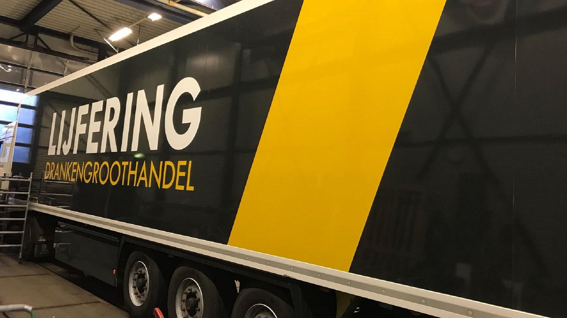 Autobestickering van Groningen tot Amsterdam