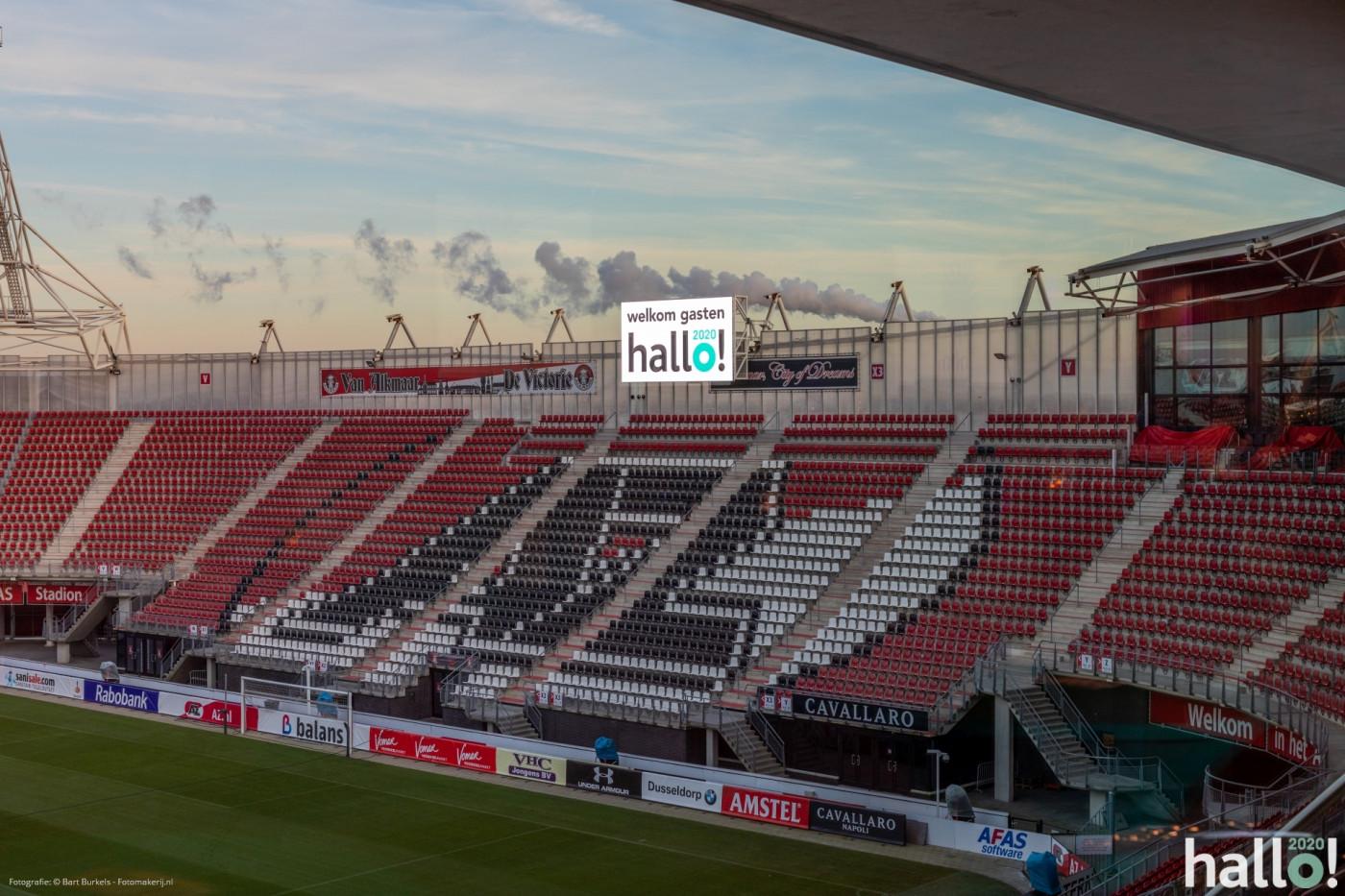 Hallo 2020 signing ledscherm stadion