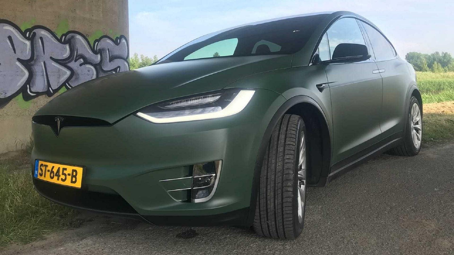 Tesla Carwrapping