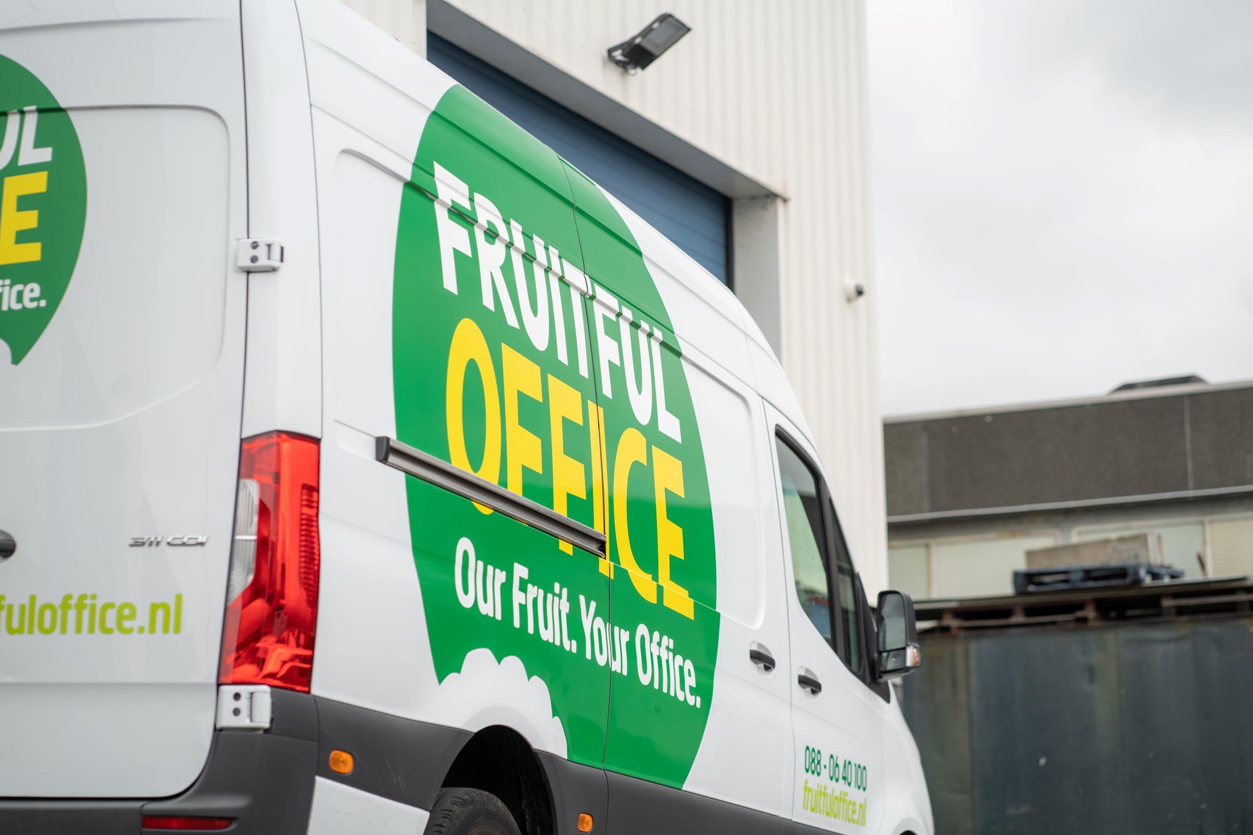 Bedrijfsauto bestickering FDS Signmakers Fruitful office