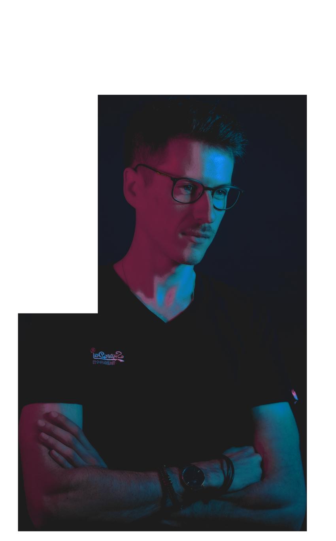 Geoffrey - DiploStudio